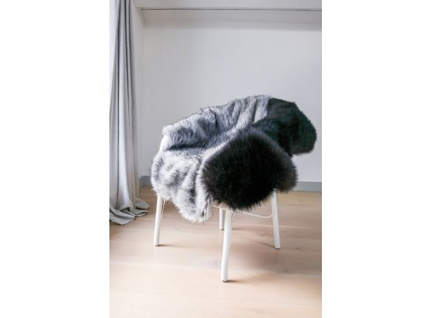 Luxurious Faux Fur Skin - Lady Grey
